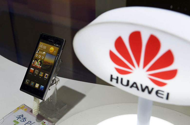 Huawei takes the First Spot in China's smartphone market; Xiaomi sees a Decline